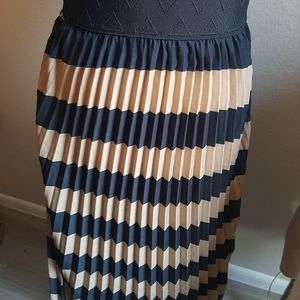 Lularoe pleated womens skirt S
